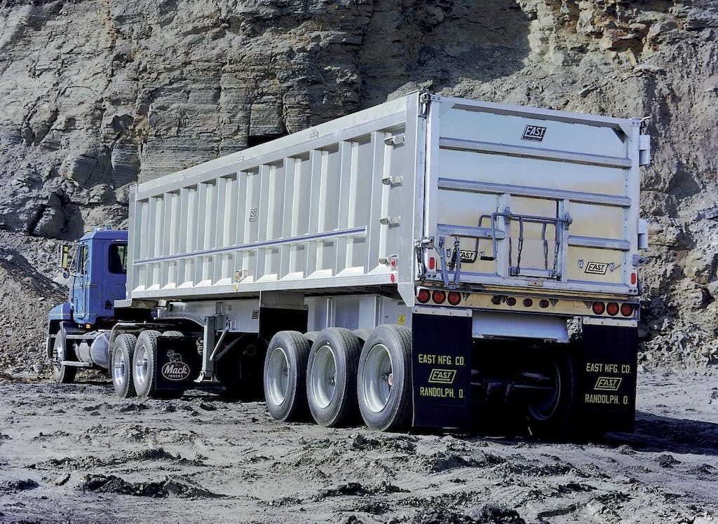 dump trailers are ideal for hauling construction materials away from site